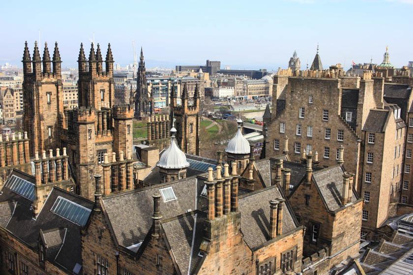 edinburgh must do scotland cool things kathi kamleitner travelettes-3