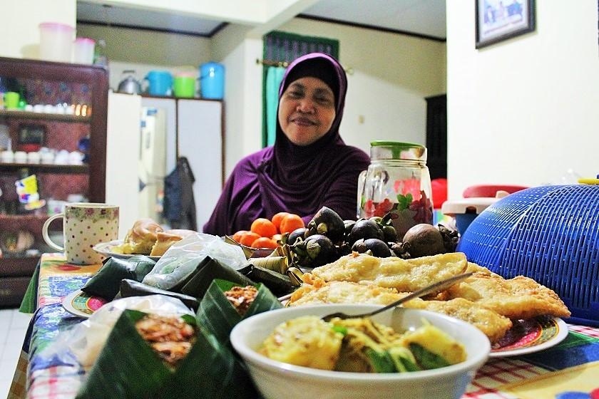 Indulge great food (2)