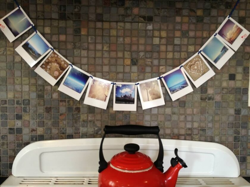 10 awesome ways to turn your photos into christmas gifts - photo bunting, heart kiss hug