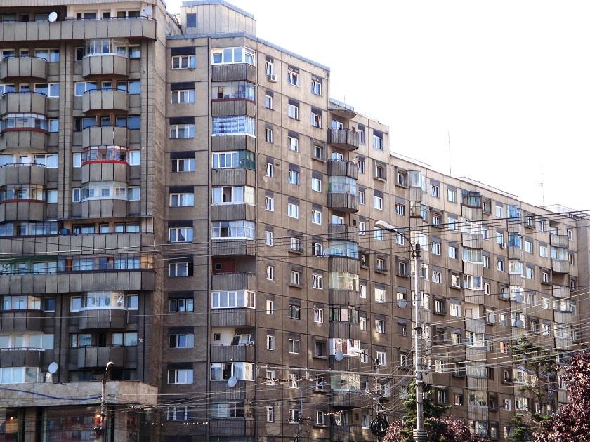 Romania_Cluj_Napoca_Marasti_old_blocks