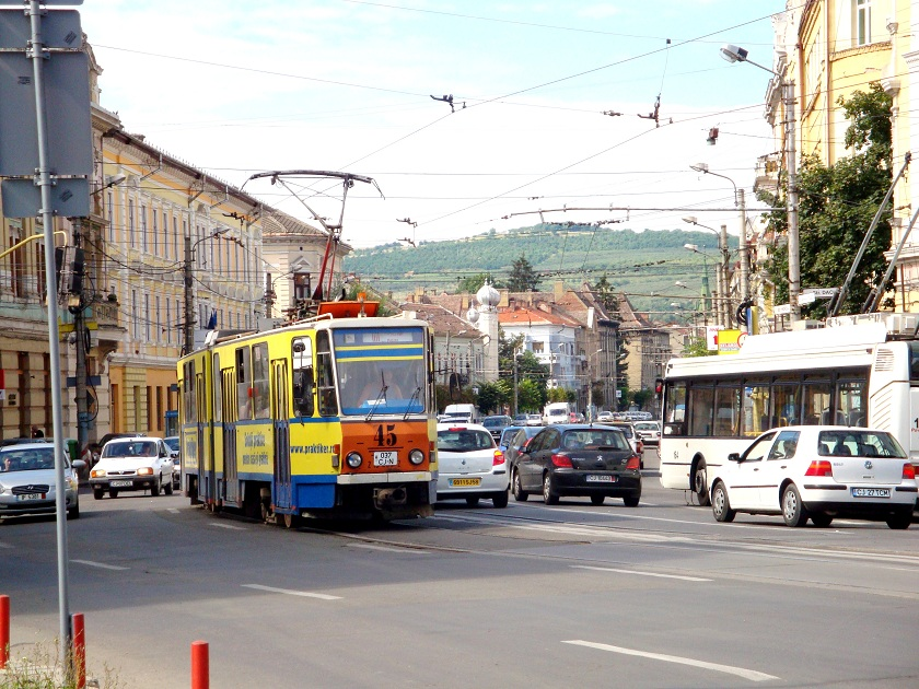 Romania_Cluj_Napoca_citycentre_crossroads