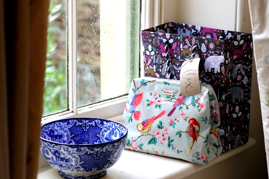how-to-do-a-luxury-english-country-weekend-manor-cath-kidston