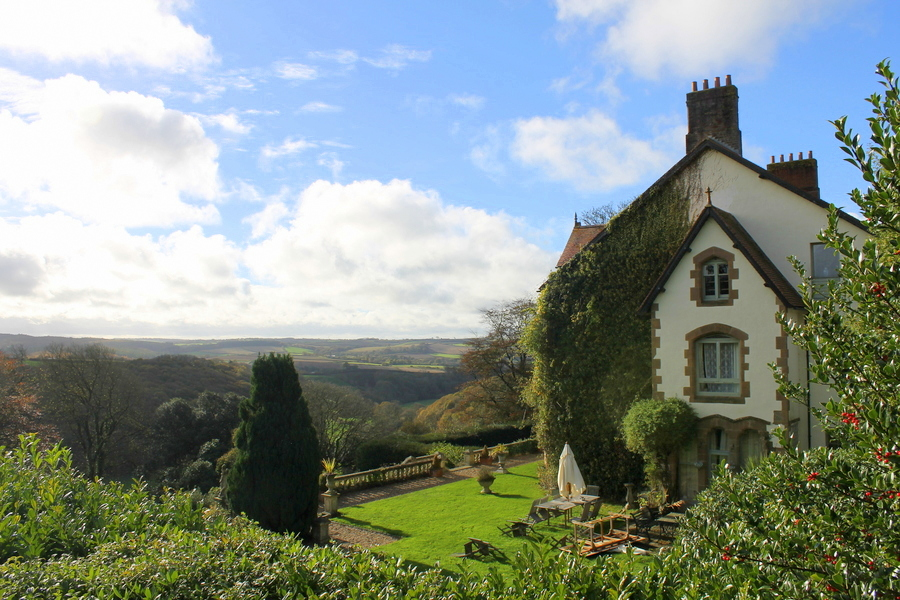 how-to-do-a-luxury-english-country-weekend-manor
