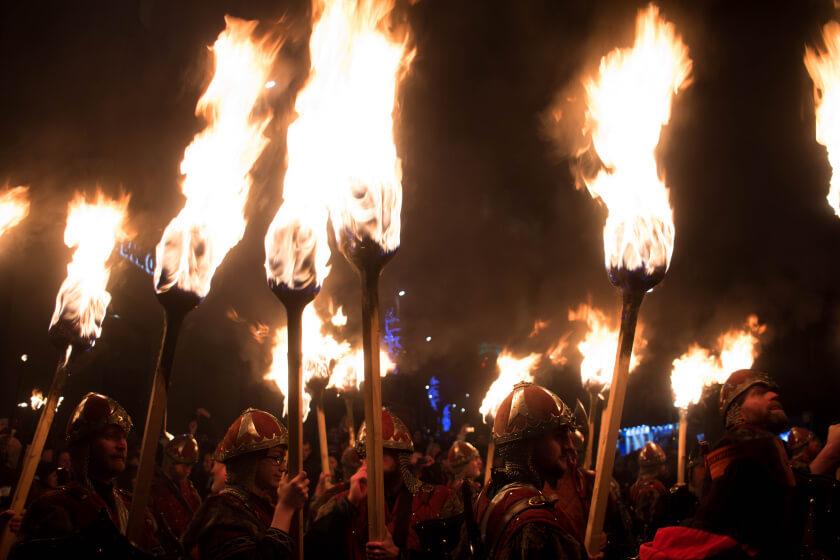 edinburgh torchlight procession-17