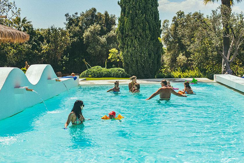 vila monte pool