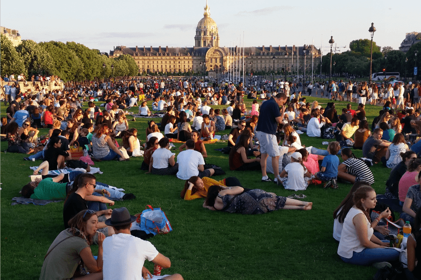 This is what it's like to celebrate France's National Day, Le 14 Julliet in Paris.