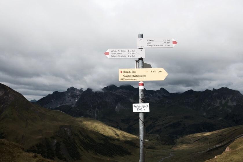 Caroline_Schmitt_Travelettes_Austria_Alps_Hiking - 17