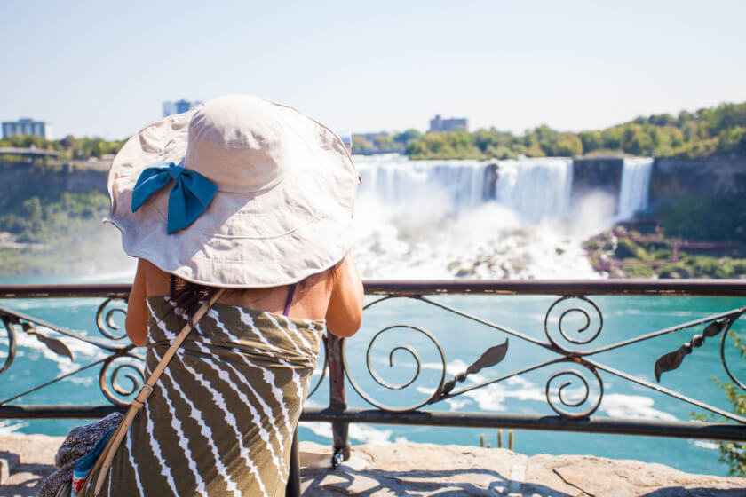 From the bustling streets of Toronto to the waters of Niagara Falls & Killarney Provincial Park; the Travelettes Itinerary for 10 days in Ontario covers it all!