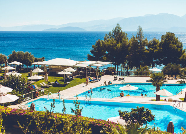 Traveling with kids: the Candia Park Village in Crete