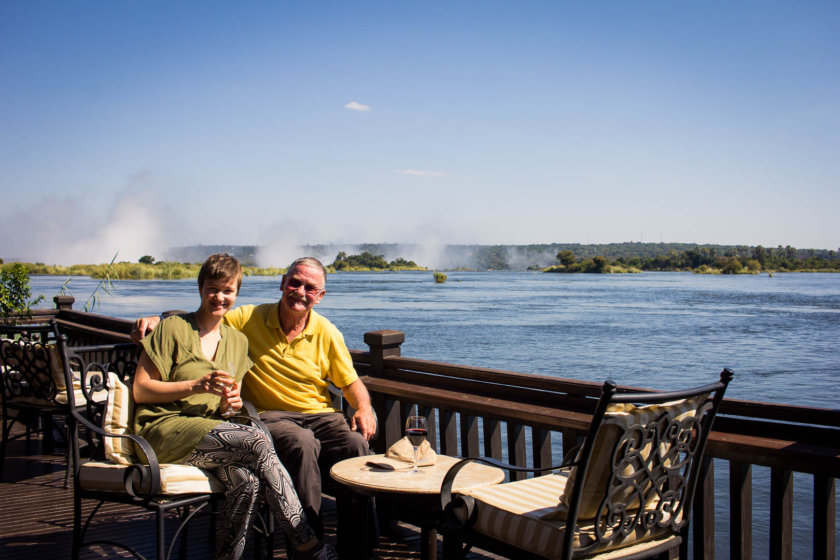 Can you imagine to travel have way across the world with your parents - or just one of them? Well, I traveled with my dad to Africa...
