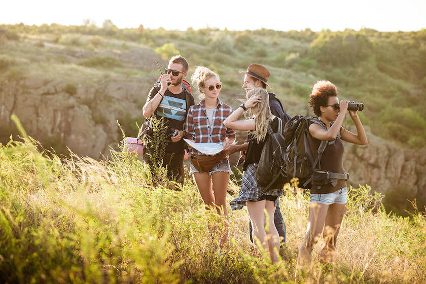 Simple Ways to Look Stylish and Fabulous While Backpacking