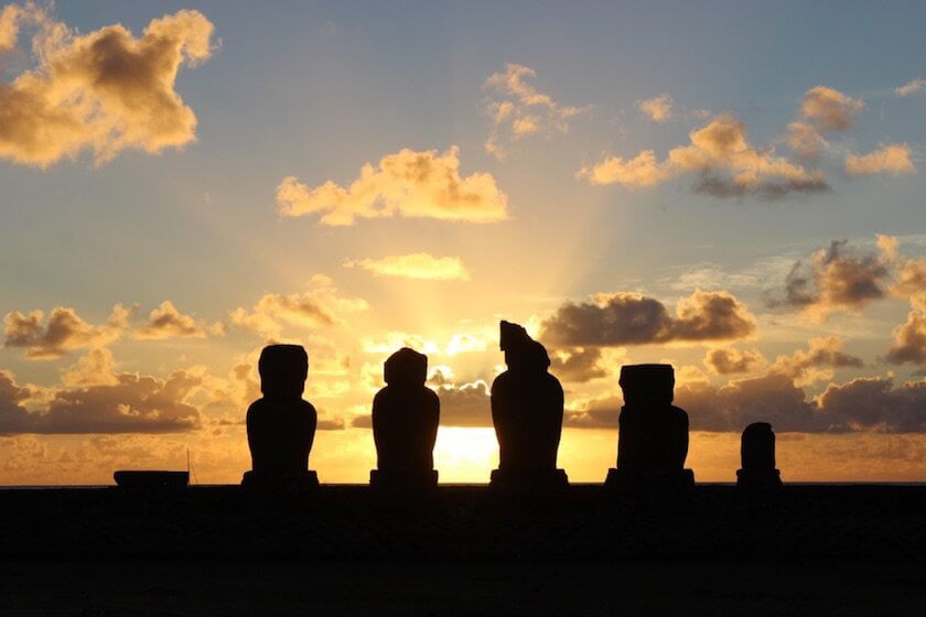 Most people take the 5-hour flight from mainland Chile for one reason alone: the Moai. But here are 10 things to do on Easter Island besides seeing the Moai.