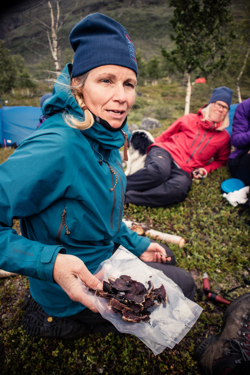 "What happens when 16 women hike together through the Swedish wilderness? They become ""Women on the Trail"" and challenge what we considers as an ""adventurer""!"