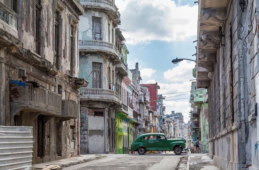 Can you imagine what it's like to live in Cuba as a foreigner? Guest blogger Becci moved to Havana to study Spanish - here is her story.