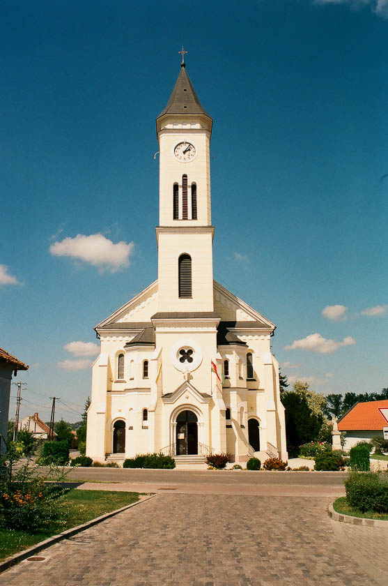 A church on the Hungarian side of Lake Neusiedl.