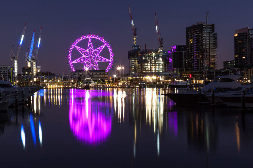 melbourne star reflecting in the yarra